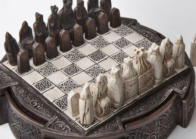 Isle of Lewis Compact Celtic Chess Set Brown