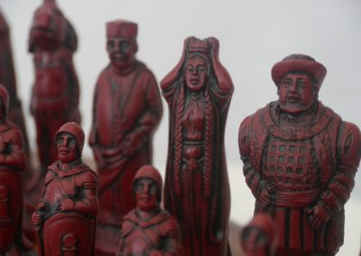 Shakespeare Chessmen Cardinal Red2